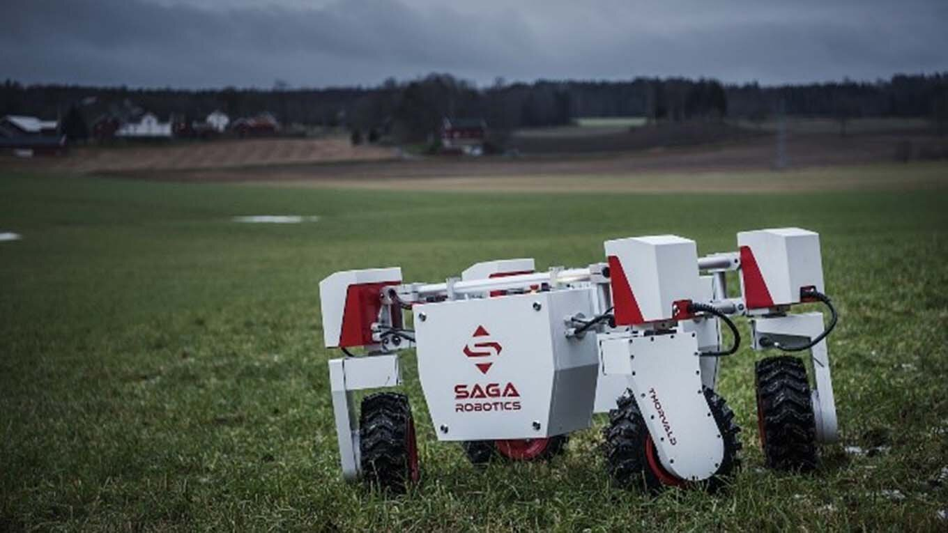 Saga Robotics robot in a field